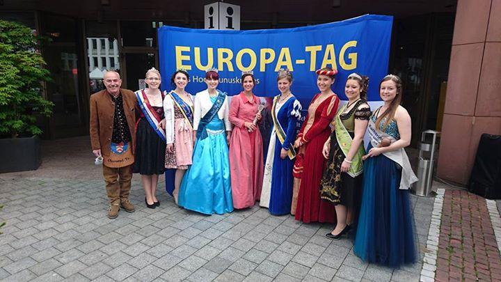 Laternenkönigin 2016 Maria I. beim heutigen Europatag in Bad Homburg