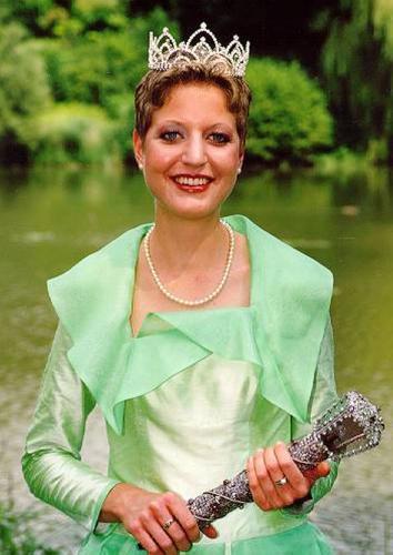 1999 Jennifer I.