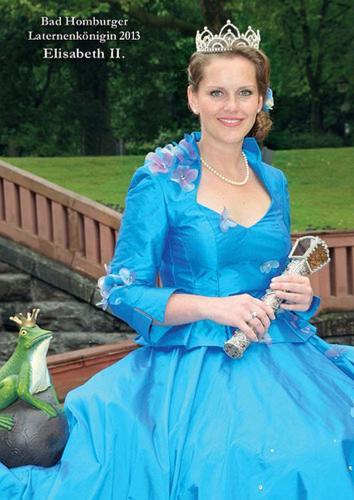 2013 Elisasbeth II..